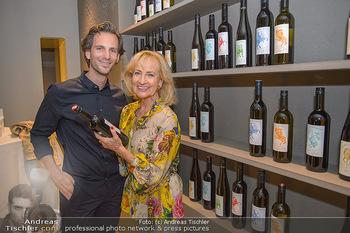 LifeBall Wein - Wein & Co - Di 08.05.2018 - Michael BALGAVY, Dagmar KOLLER52