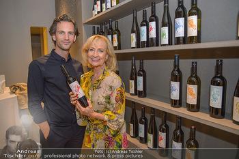 LifeBall Wein - Wein & Co - Di 08.05.2018 - Michael BALGAVY, Dagmar KOLLER53
