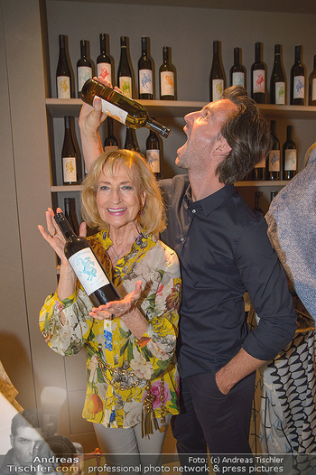 LifeBall Wein - Wein & Co - Di 08.05.2018 - Michael BALGAVY, Dagmar KOLLER59