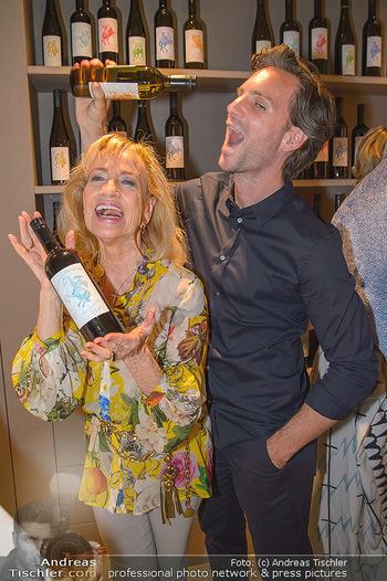 LifeBall Wein - Wein & Co - Di 08.05.2018 - Michael BALGAVY, Dagmar KOLLER60