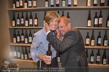LifeBall Wein - Wein & Co - Di 08.05.2018 - Desiree TREICHL-ST�RGKH, Gery KESZLER62