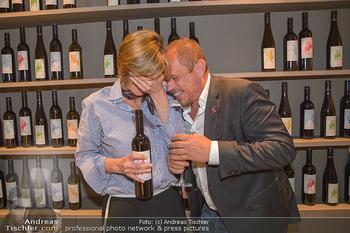 LifeBall Wein - Wein & Co - Di 08.05.2018 - Desiree TREICHL-ST�RGKH, Gery KESZLER63