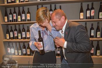 LifeBall Wein - Wein & Co - Di 08.05.2018 - Desiree TREICHL-ST�RGKH, Gery KESZLER64