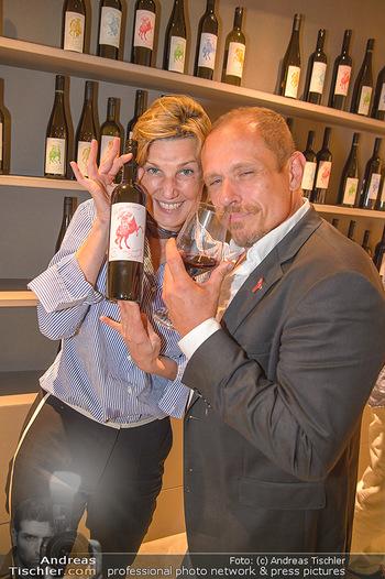 LifeBall Wein - Wein & Co - Di 08.05.2018 - Desiree TREICHL-ST�RGKH, Gery KESZLER68