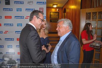 Gesund & Fit Award - Novomatic Forum - Di 15.05.2018 - Heinz-Christian STRACHE mit Ehefrau Philippa, Wolfgang FELLNER36