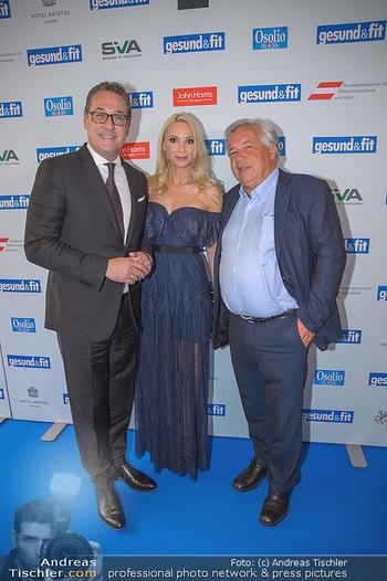 Gesund & Fit Award - Novomatic Forum - Di 15.05.2018 - Heinz-Christian STRACHE mit Ehefrau Philippa, Wolfgang FELLNER38