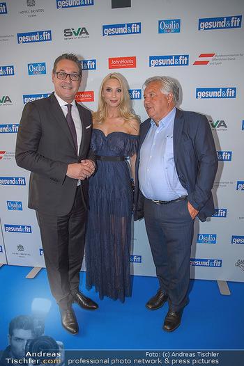 Gesund & Fit Award - Novomatic Forum - Di 15.05.2018 - Heinz-Christian STRACHE mit Ehefrau Philippa, Wolfgang FELLNER39