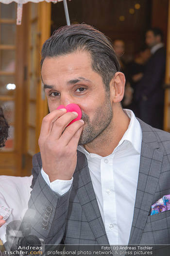 Gesund & Fit Award - Novomatic Forum - Di 15.05.2018 - Fadi MERZA (Portrait mit Clown-Nase)54