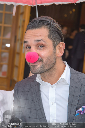 Gesund & Fit Award - Novomatic Forum - Di 15.05.2018 - Fadi MERZA (Portrait mit Clown-Nase)55