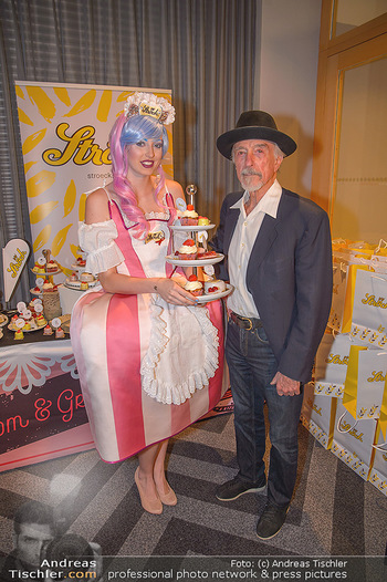 25 Jahre LifeBall PK - Hotel LeMeridien - Mi 16.05.2018 - Arik BRAUER mit Str�ck-Promotiondame8