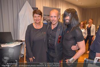 25 Jahre LifeBall PK - Hotel LeMeridien - Mi 16.05.2018 - Conchita (WURST), Gery KESZLER, Renate BRAUNER37