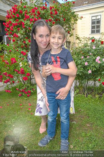 PK zu Rosenburg Festspielen - Deli Bluem - Mi 16.05.2018 - Adriana ZARTL mit Sohn Luca20
