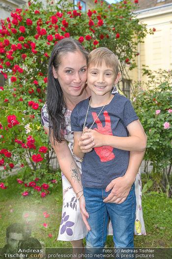 PK zu Rosenburg Festspielen - Deli Bluem - Mi 16.05.2018 - Adriana ZARTL mit Sohn Luca21