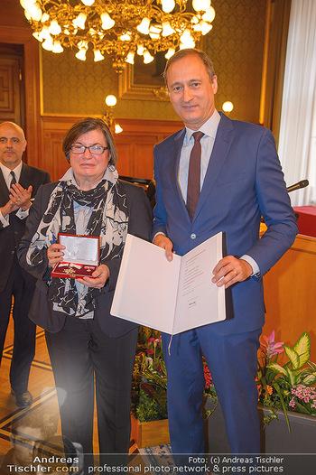 Goldenes Verdienstzeichen Verleihung - Rathaus Wien - Do 17.05.2018 - Heidemarie UHL, Gerald MATT, Andreas Mailath POKORNY9