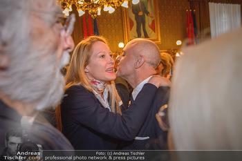 Goldenes Verdienstzeichen Verleihung - Rathaus Wien - Do 17.05.2018 - Eva DICHAND, Gerald MATT19