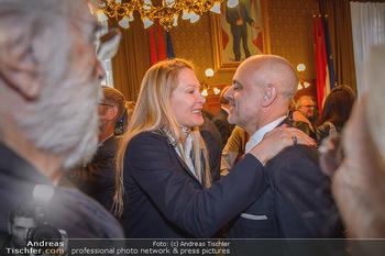 Goldenes Verdienstzeichen Verleihung - Rathaus Wien - Do 17.05.2018 - Eva DICHAND, Gerald MATT20
