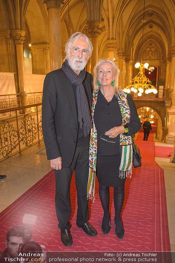 Goldenes Verdienstzeichen Verleihung - Rathaus Wien - Do 17.05.2018 - Susi und Michael HANEKE28