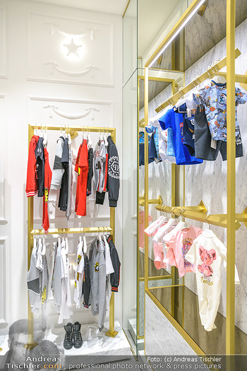 Store Innenarchitektur - Philipp Plein Kids Store - Do 24.05.2018 - Innenarchitektur, Store Shop innen Ansicht2