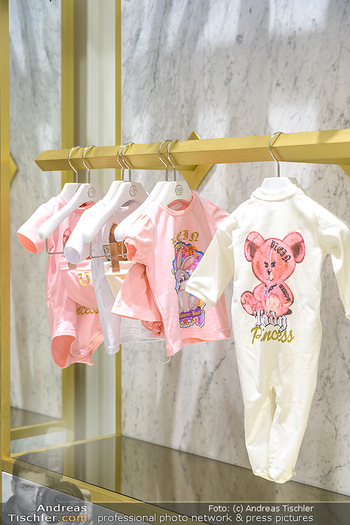 Store Innenarchitektur - Philipp Plein Kids Store - Do 24.05.2018 - Innenarchitektur, Store Shop innen Ansicht6