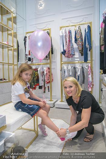 Store Innenarchitektur - Philipp Plein Kids Store - Do 24.05.2018 - Tamara MANN, Manuela FISCHER20