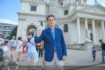 Flashmob Juan Diego Florez - Karlsplatz Wien - Mo 28.05.2018 - Juan Diego FLOREZ34