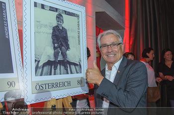 Andreas Gabalier Vergiss Mein nicht CD Präsentation - Palais Wertheim, Wien - Di 29.05.2018 - Georg P�LZL mit Andreas GABALIER Briefmarke26