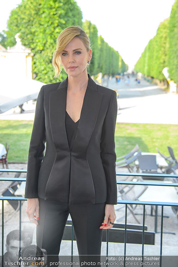 Crystal of hope an Charlize Theron - Kaiserpavillon Schönbrunn - Do 31.05.2018 - Charlize THERON23