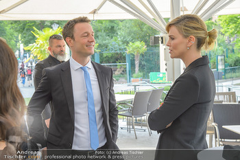 Crystal of hope an Charlize Theron - Kaiserpavillon Schönbrunn - Do 31.05.2018 - Charlize THERON, Gernot BLÜMEL32
