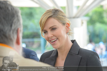 Crystal of hope an Charlize Theron - Kaiserpavillon Schönbrunn - Do 31.05.2018 - Charlize THERON34