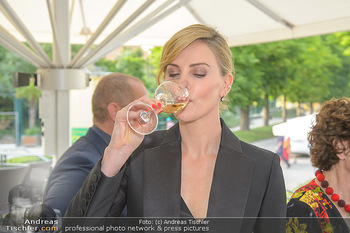 Crystal of hope an Charlize Theron - Kaiserpavillon Schönbrunn - Do 31.05.2018 - Charlize THERON40