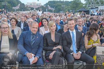 Sommernachtskonzert 2018 - Schloss Schönbrunn - Do 31.05.2018 - Charlize THERON, Gery KESZLER, Gernot BLÜMEL, Clivia TREIDL36