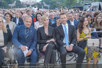 Sommernachtskonzert 2018 - Schloss Schönbrunn - Do 31.05.2018 - Charlize THERON, Gery KESZLER, Gernot BLÜMEL, Clivia TREIDL37