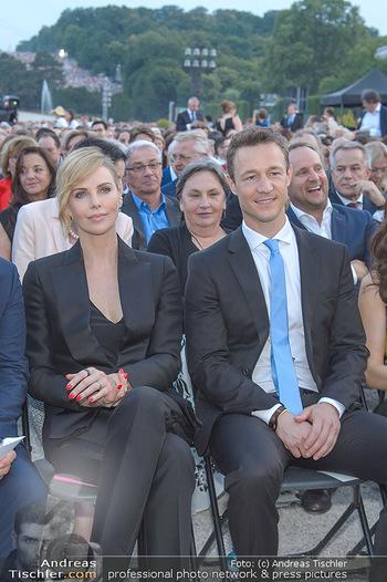 Sommernachtskonzert 2018 - Schloss Schönbrunn - Do 31.05.2018 - Charlize THERON, Gernot BL�MEL38