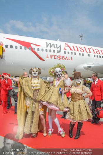 Lifeball Flieger Ankunft - Flughafen Wien Schwechat - Fr 01.06.2018 - Lifeball G�ste in Kost�men32