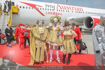 Lifeball Flieger Ankunft - Flughafen Wien Schwechat - Fr 01.06.2018 - Lifeball G�ste in Kost�men33