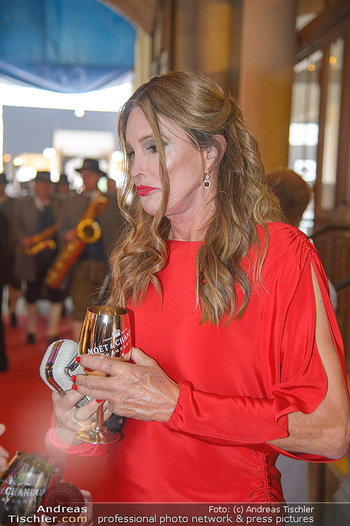 LifeBall 2018 - Red Carpet - Rathaus - Sa 02.06.2018 - Caitlyn JENNER24