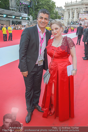 LifeBall 2018 - Red Carpet - Rathaus - Sa 02.06.2018 - 49