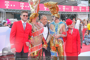 LifeBall 2018 - Red Carpet - Rathaus - Sa 02.06.2018 - Gery KESZLER59