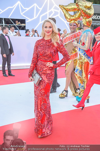 LifeBall 2018 - Red Carpet - Rathaus - Sa 02.06.2018 - Silvia SCHNEIDER60