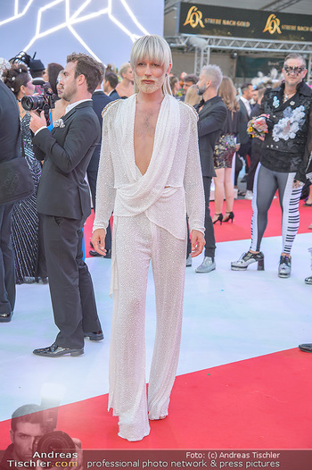 LifeBall 2018 - Red Carpet - Rathaus - Sa 02.06.2018 - Conchita (Wurst)87