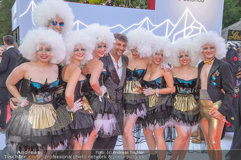LifeBall 2018 - Red Carpet - Rathaus - Sa 02.06.2018 - Jonas KAUFMANN92