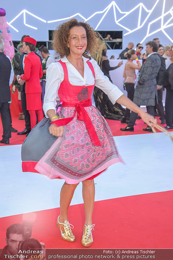 LifeBall 2018 - Red Carpet - Rathaus - Sa 02.06.2018 - Konstanze BREITEBNER101