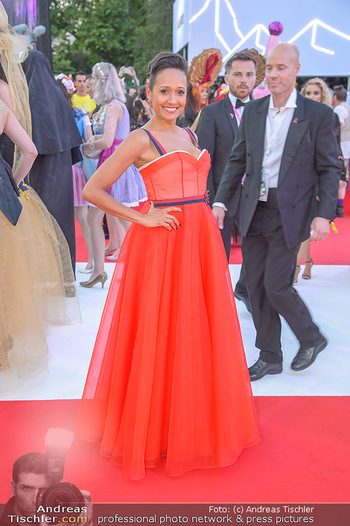 LifeBall 2018 - Red Carpet - Rathaus - Sa 02.06.2018 - Alice TUMLER107