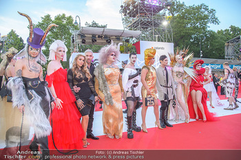 LifeBall 2018 - Red Carpet - Rathaus - Sa 02.06.2018 - auff�llige G�ste108