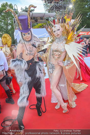 LifeBall 2018 - Red Carpet - Rathaus - Sa 02.06.2018 - auff�llige G�ste110