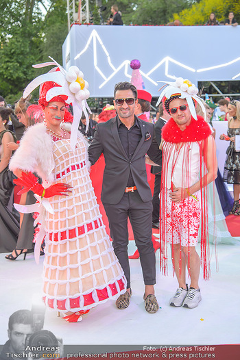 LifeBall 2018 - Red Carpet - Rathaus - Sa 02.06.2018 - Fadi MERZA117