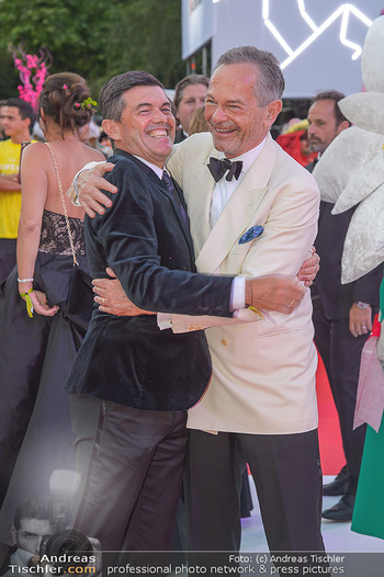 LifeBall 2018 - Red Carpet - Rathaus - Sa 02.06.2018 - Hubert Hupo NEUPER, Andreas TREICHL128