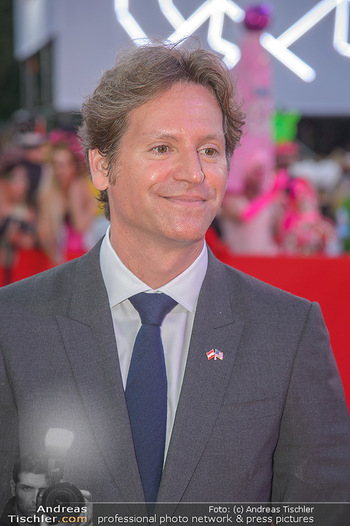 LifeBall 2018 - Red Carpet - Rathaus - Sa 02.06.2018 - Trevor D. TRAINA (Portrait)142