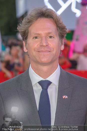 LifeBall 2018 - Red Carpet - Rathaus - Sa 02.06.2018 - Trevor D. TRAINA (Portrait)144