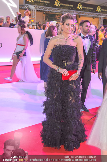 LifeBall 2018 - Red Carpet - Rathaus - Sa 02.06.2018 - Paris JACKSON182
